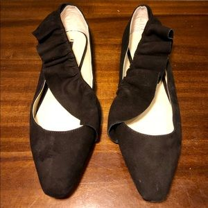 Zara Black Suede Ruffle Flats Size Eur 39 US 8